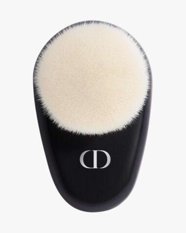 Produktbilde for Dior Backstage Face Brush N°18 Multi-Use Complexion Brush hos Fredrik & Louisa