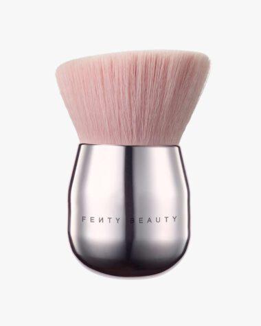 Produktbilde for Face & Body Kabuki Brush 160 hos Fredrik & Louisa